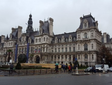 Paris and the Loire castles